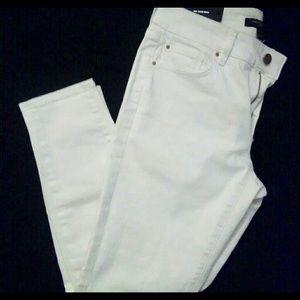 NWT Ann Taylor white skinny jeans